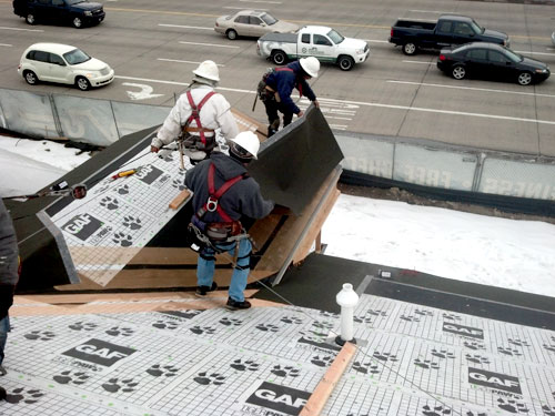installing roof deicing