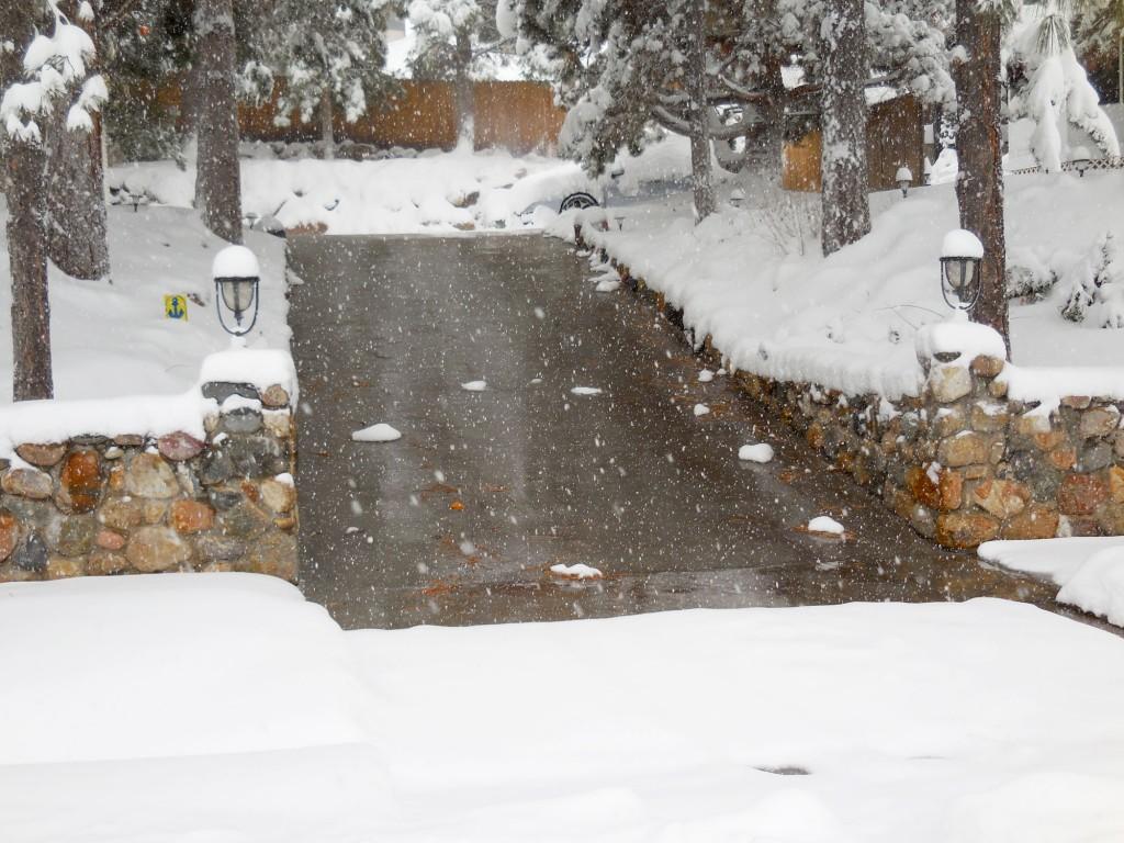 heated-concrete-driveway